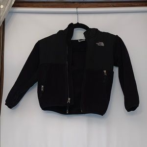 THE NORTH FACE Toddlers 4T black fleece jacket